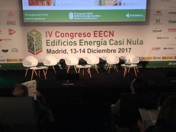 Escenario principal Congreso Edificios de Consumo Casi Nulo. Madrid 13 y 14 de diciembre 2017