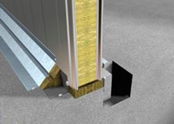 Cerramiento Vertical con Panel Sándwich Thumb