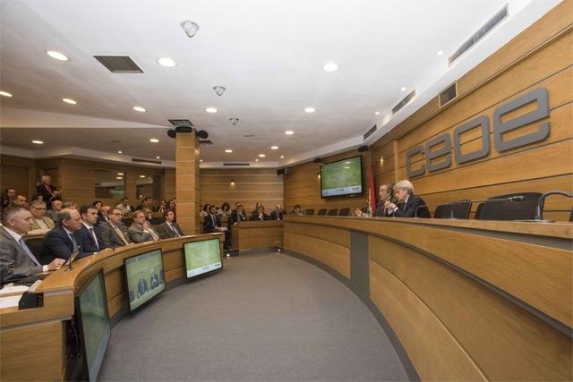 Eficiencia Energética en la Industria CEOE - Saint-Gobain