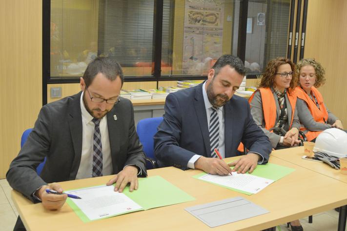 Firma Convenio ISOVER - Ayuntamiento de Azuqueca de Henares