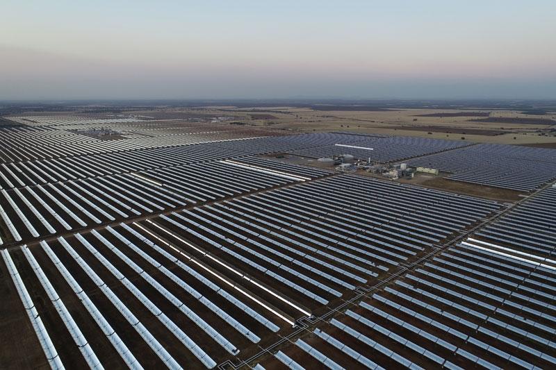 ISOVER colabora con Saeta Yield para mejorar la eficiencia energética en de tres de sus plantas termosolares